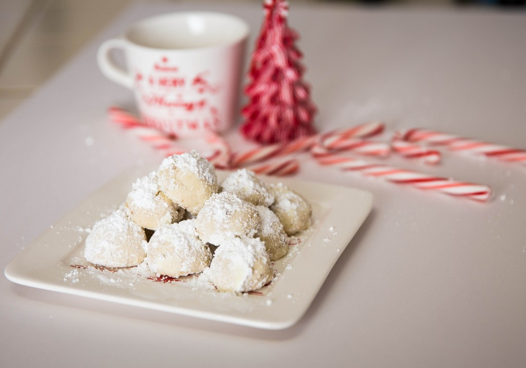 Russian Tea Cakes for Christmas by Creative Side of Me | Lucky ...